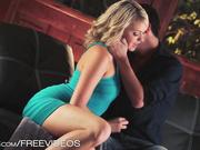 Mia Malkova haciendo el amor con su pareja