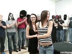 PornoReino Gangbang Videos