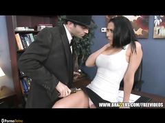 PornoReino Big Tits Videos