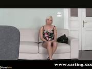 Rubia follada por el culo en un casting falso