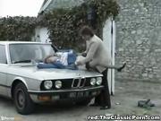 Mujer policía de tránsito follada por el culo - Retro