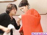 Eriaa Himesaki follada luego de ser masturbada