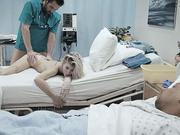El pedido de los médicos es una gran polla gorda en ella el coño