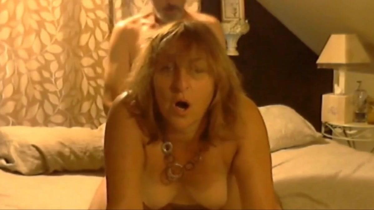 Abuela Tetona Se Scita Con Revistas Porno https://www.pornoreino/videos/chica-transexual-rubia