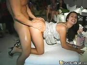 Follando un stripper en la despedida de soltera