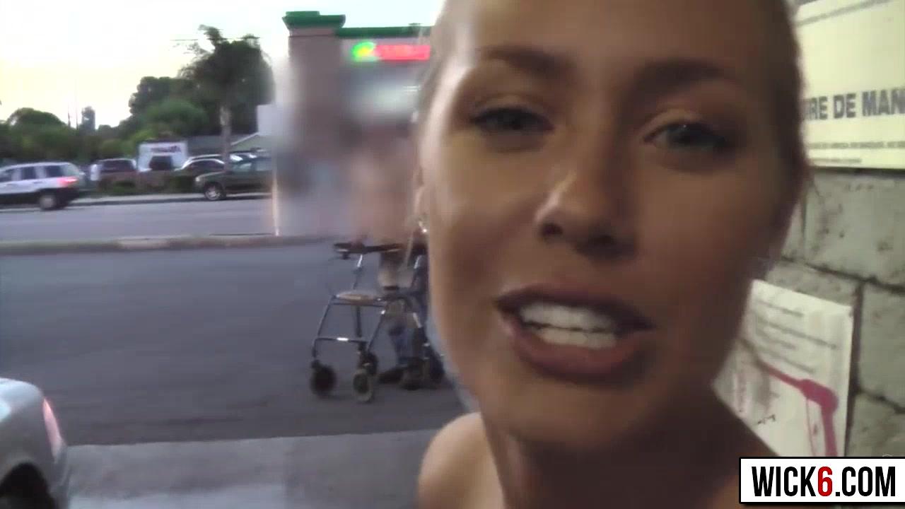 Abre Lq Puerta Con Un.consokadot Metido Porno https://www.pornoreino/videos/doble-penetracion-de-dos