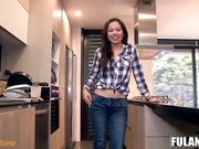 Melina Flor la joven colombiana puta